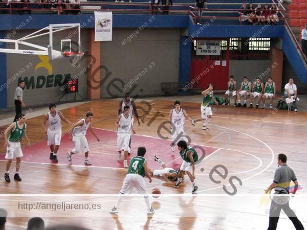 Foto de baloncesto que recoge la táctica colectiva